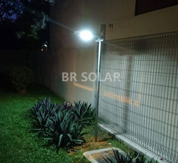 8W All In One Solar Light في سنغافورة